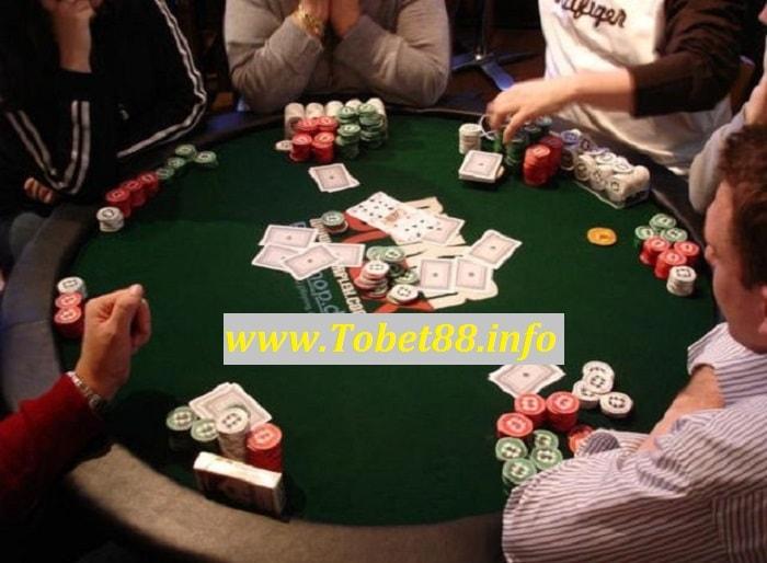 vong cuoc trong game bai poker